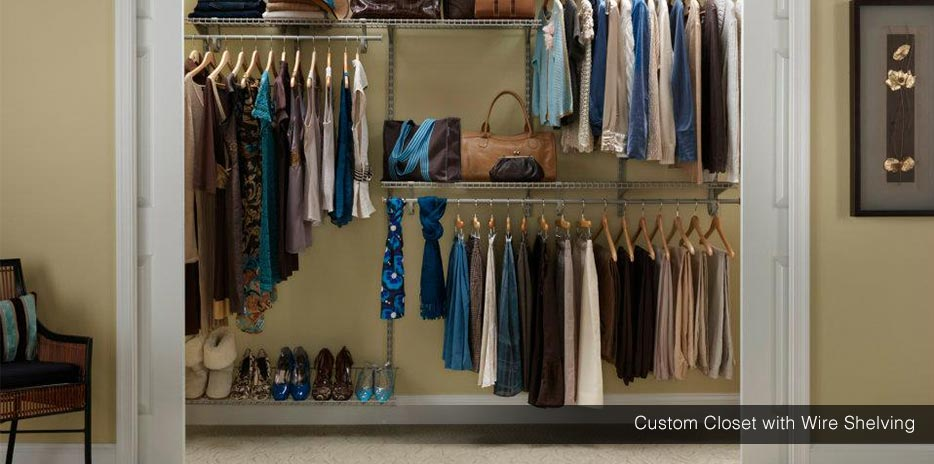... Custom Reach-In Closet with Wire Shelving ...